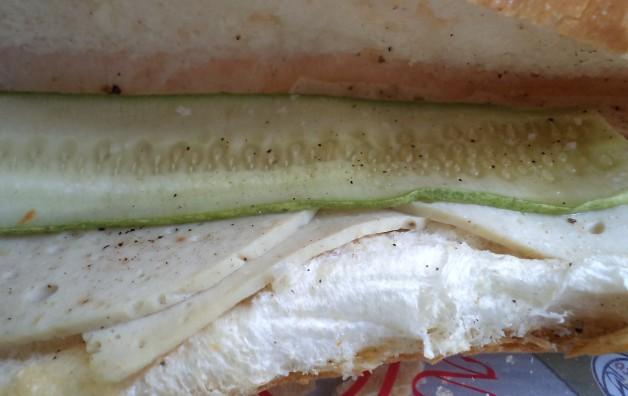 Bánh Mì Chả Lụa